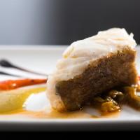 Cod confit de poivrons piquillo rôties et crème