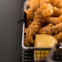 Txibi-errazioa tempura saltsan